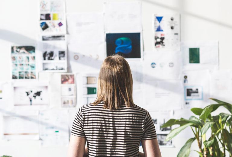 Consultora Branding. Agencia Publicidad. Marca e Identidad Corporativa. Emprendedores. Startup. News Business. Emprendedores. Unick. Logos